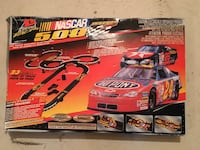 NASCAR 500 electric slot racing track Leduc, T9E 8P3