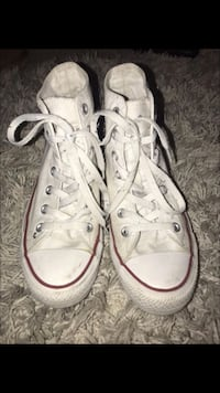 Girls white converse Oxon Hill, 20745