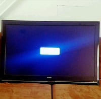 "42"" Hitachi HD TV w/ WALL MOUNT* Fairfax, 22032"