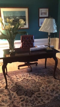 writing desk and chair Oakton, 22124