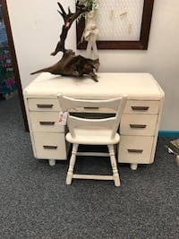 Shabby chic off white desk with chair Ocala, 34475