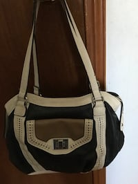 Gently used Leather purse   Zorra, N5C 3J5