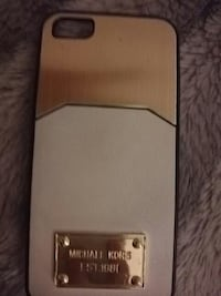 gold and white michael kors iphone case Fleetwood, FY7 8QJ