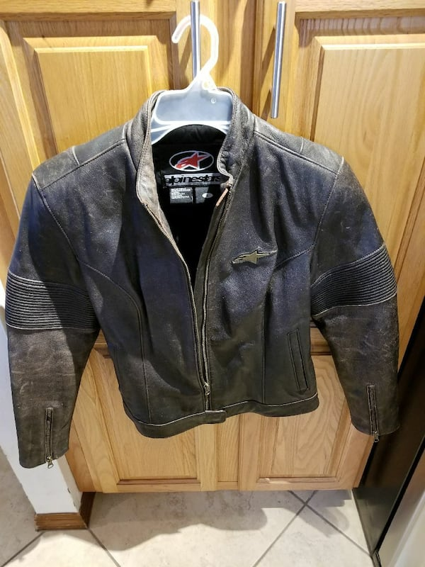Ladies Leather Motorcycle Jacket a657b21f-42fa-46d7-89a0-9a05a33fdf5a