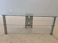 Glass entrainment stand St. Cloud, 56301