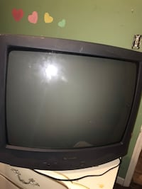 Black crt tv  Paterson, 07501