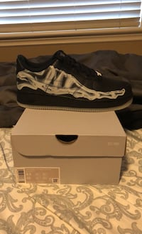 Air Force 1 skeleton size 8.5