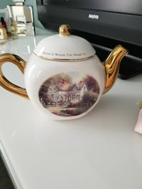 white, gold and brown ceramic teapot