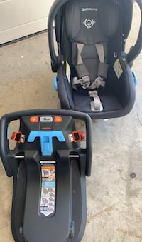 Uppa baby infant car seat and two car bases  , V2R