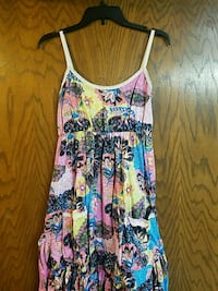 Junior's blue/pink floral spaghetti strap dress Muskego