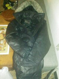 Wilsons winter leather coat size small Sioux Falls, 57103
