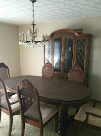 Formal Dinette table and cabinet Fleming, 31309