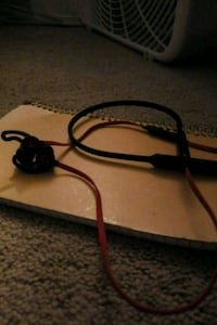 Beats wireless earphones  Bailey's Crossroads, 22041