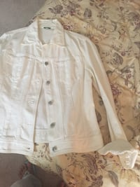 White button-up long-sleeved jean jacket Annandale, 22003