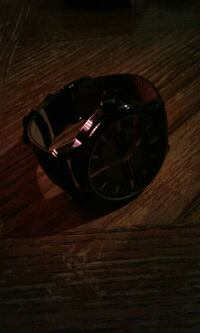 $20 solar panel watch. Powered with light