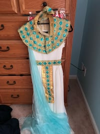 Woman's Small Cleopatra Costume Alexandria, 22310