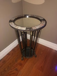 WROUGHT IRON SIDE TABLE  North Dumfries, N0B 1E0