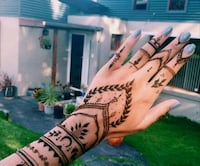 Temporary tattoo henna cones