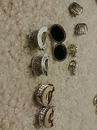 Clip on earrings Tampa, 33618