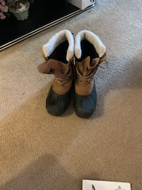 Waterproof tail 12 leather boots  Mont-Royal, H3P 3K1