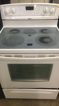 white and black induction range oven Kettering, 45409