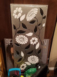 black and white floral wall decor Martensville, S0K 0A2