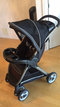 Baby stroller with big baby pillow great condition