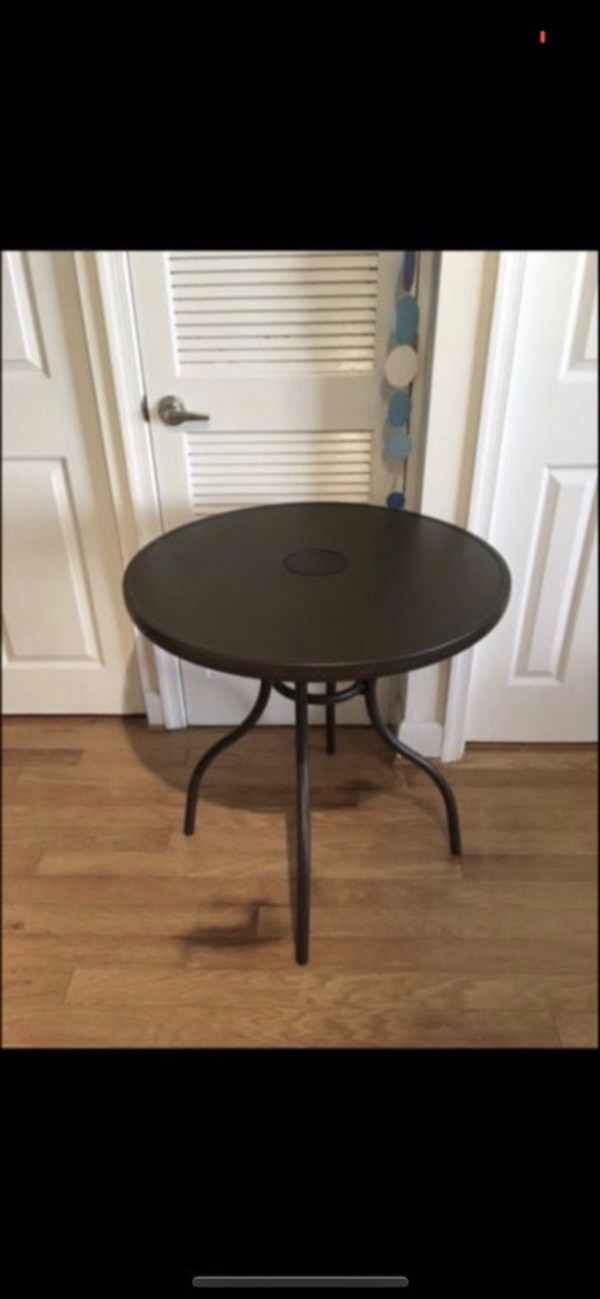 """PATIO OUTDOOR / INDOOR 30"""" ROUND CHIC QUALITY LED BISTRO TABLE"""