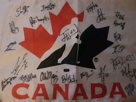 Canadian hockey team..autographed flag..the whole team