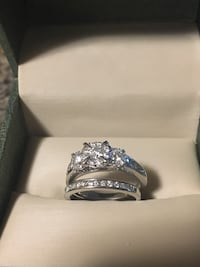 Engagement & Wedding Ring Set Hamilton
