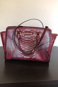 Michael Kors purse. Paid $350.00 in good condition.