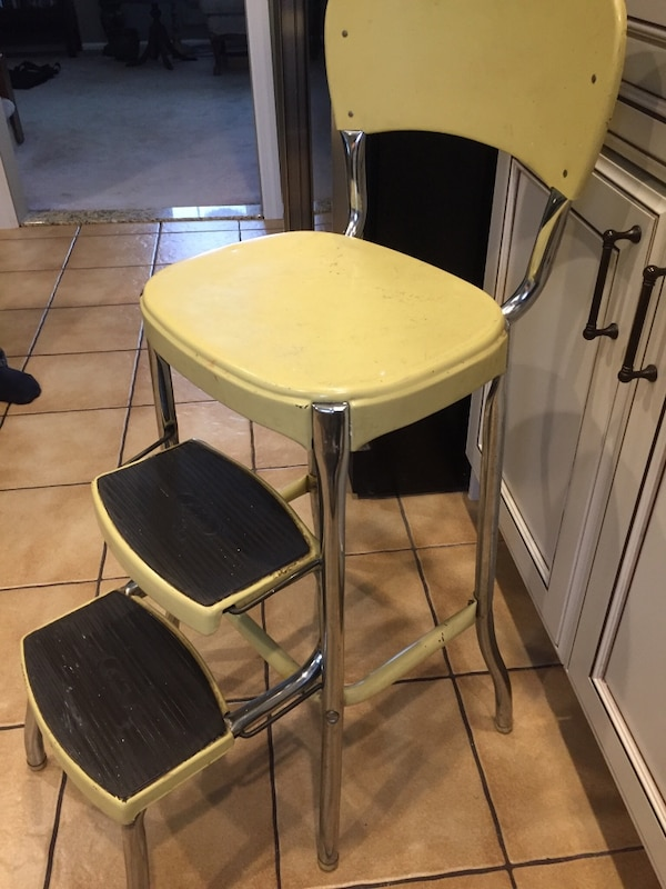 Vintage Mid century Stylaire Yellow Metal Step Stool Kitchen Chair 1960s