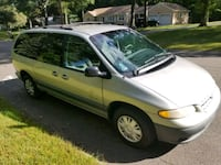 Plymouth - Grand Voyager - 1999 Norwalk