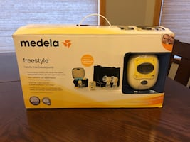 MEDELA Freestyle, hands free breast pump - used a few times.