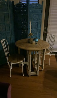 Chubby chic Wooden breakfast table with wood and metal chairs  Nashville, 37209