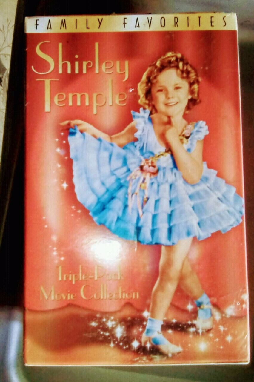 Photo Shirley Temple VHS box set new still in the plastic