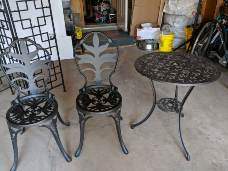 Iron garden coffee table set b402b07b-3193-486b-9b05-c55fcc2f26b6