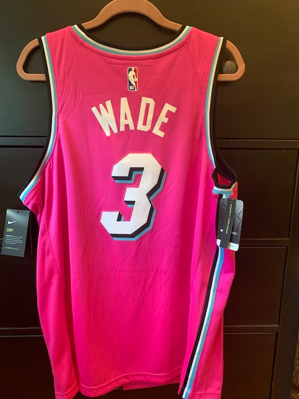 ebb9d4719f5 Cooper City에서 판매중인 중고 Dwyane Wade Miami Heat Nike Sunset Vice Pink Earned  Edition Jersey - letgo