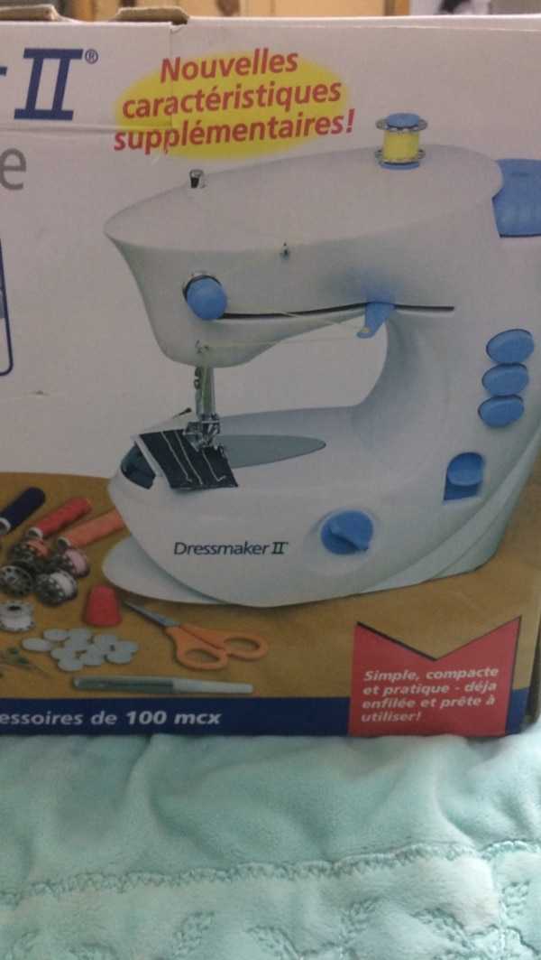 Used White And Blue Dressmaker 40 Sewing Machine Box For Sale In Simple Dressmaker Ii Sewing Machine