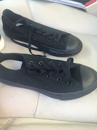 Boys size 2 Brand New Never Worn Converse all black Tulsa, 74133