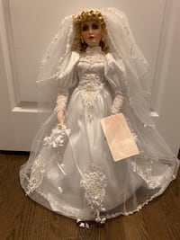 American Classic Porcelain Doll Collection Hamilton, L0R 1C0