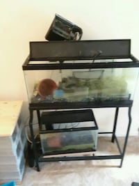 20 gal and  a 10 gal filters some decor all includ Oxon Hill, 20745