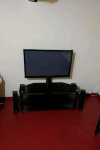 Samsung 47inches TV with stand Brampton, L6P 1T9