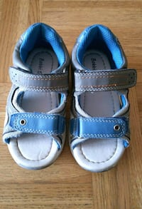 Used sandals size 24 Helsingborg, 252 84