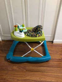 Cosco baby walker  Sterling, 20164