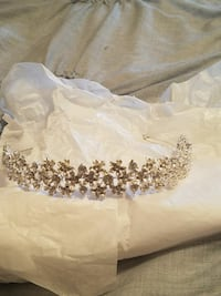 Beautiful tiara headband Bakersfield, 93311