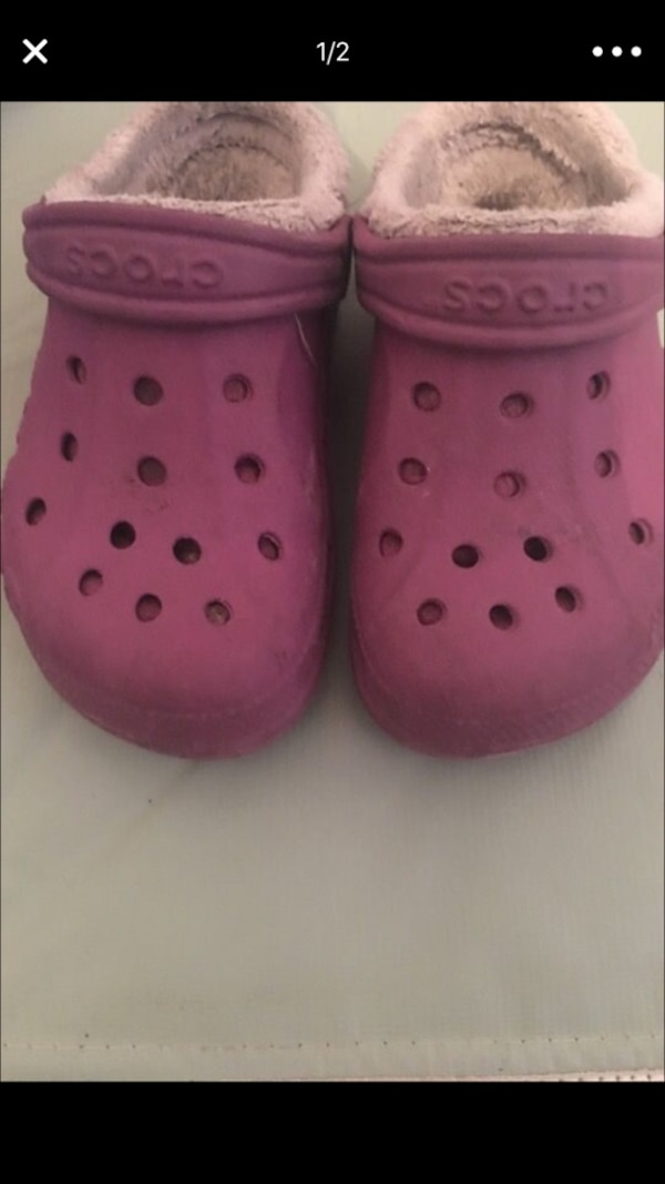 6467422ec Used Crocs for sale in New York - letgo