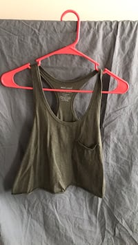 Green tank/crop top Frederick, 21704