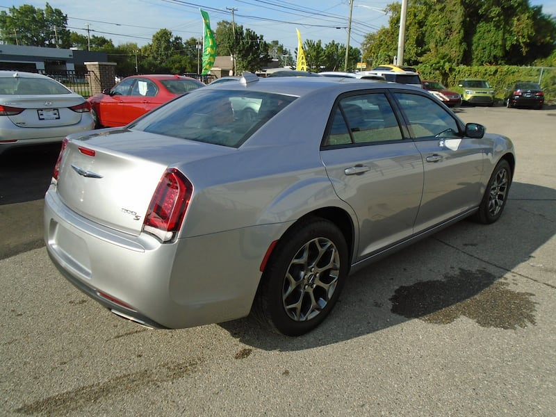 Chrysler 300 2016 6