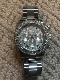 round silver-colored chronograph watch with link bracelet Surrey, V3W